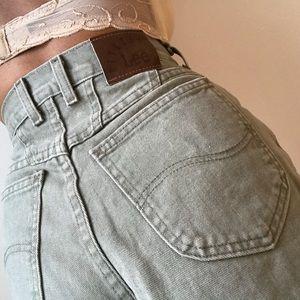Vintage Lee Riveted olive cut off shorts